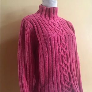LL Bean Cableknit Sweater Sz Small
